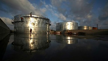 19 июня цены на нефть снизились