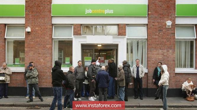 Безработица в Великобритании остается на рекордно низком уровне