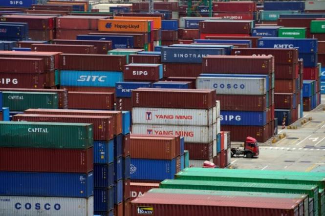 США: Бизнес предупреждает, новые тарифы дорого обойдутся американцам