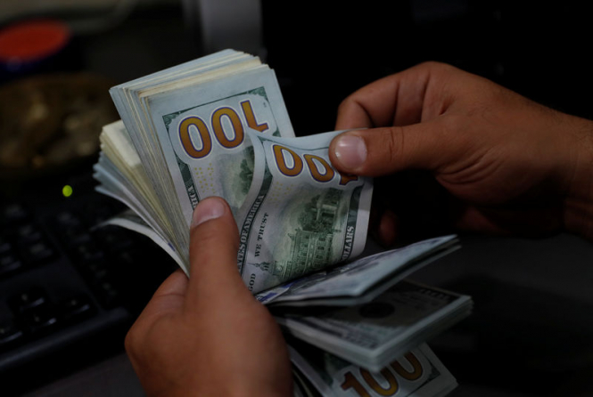 Политический кризис в Австралии толкает доллар вверх, что еще поможет восхождению