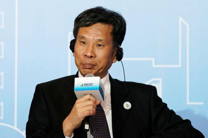 Китай пока не планирует сдаваться, но торговая война требует всё больше денег