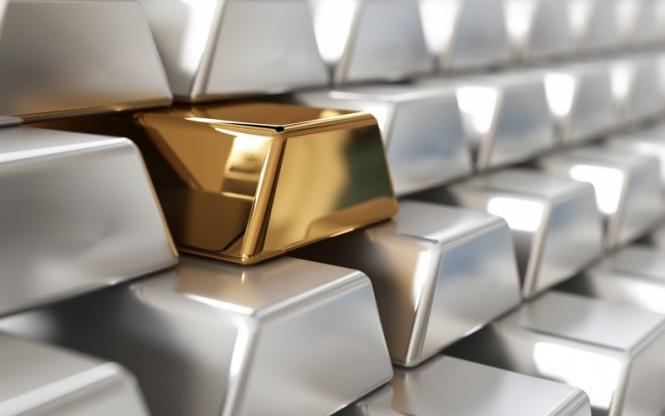 Серебро может оказаться предпочтительнее золота – эксперты