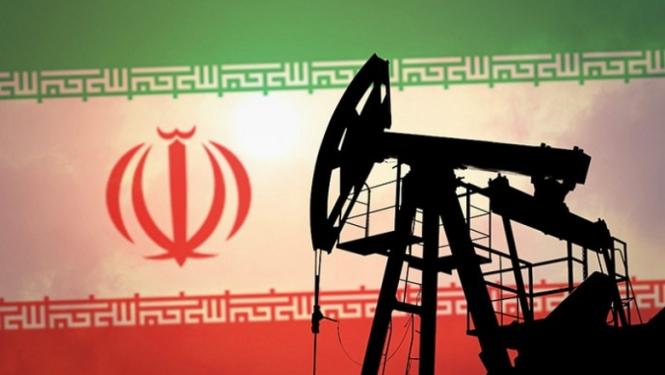 Иран снизил экспорт нефти быстрее, чем ожидалось