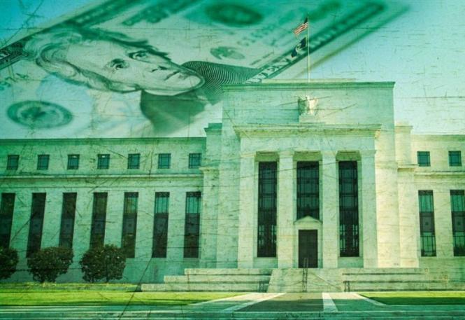 Эксперты: Сильный доллар загоняет ФРС в ловушку