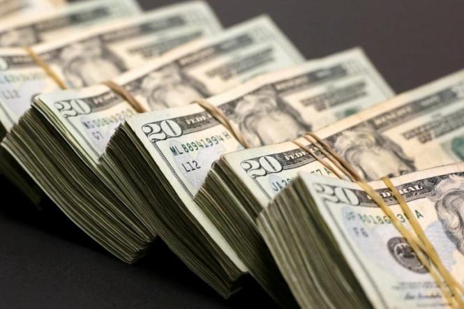 Доллар будет расти вместе с опасениями полномасштабной торговой войны