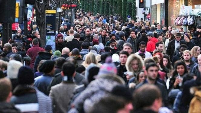 Безработица в Великобритании осталась на уровне 4,0%, рост зарплат ускорился