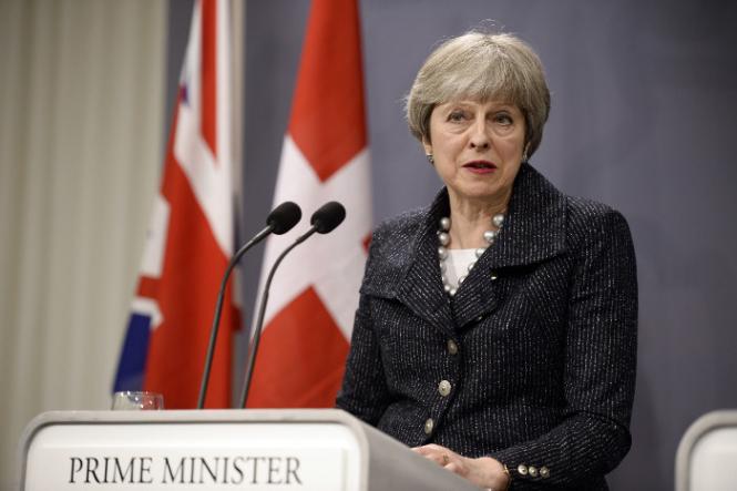 Британские депутаты обсуждают варианты смещения Терезы Мэй