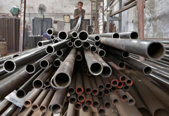 Индия рассматривает возможность повышения импортных пошлин на сталь для поддержки рупии
