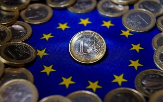 Годовая инфляция в еврозоне в сентябре ускорилась до 2,1%