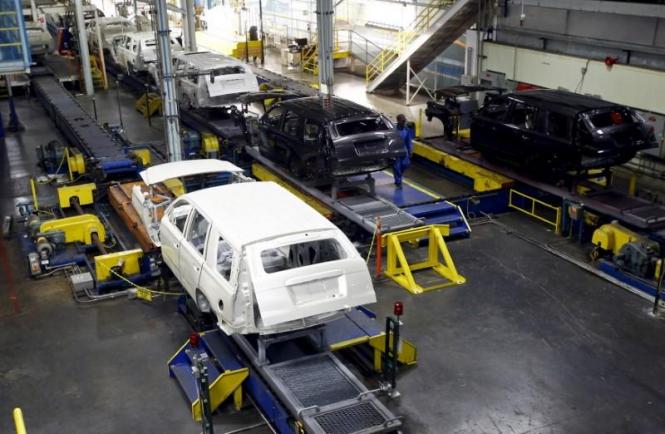 США: Промышленное производство заметно сбавило темп