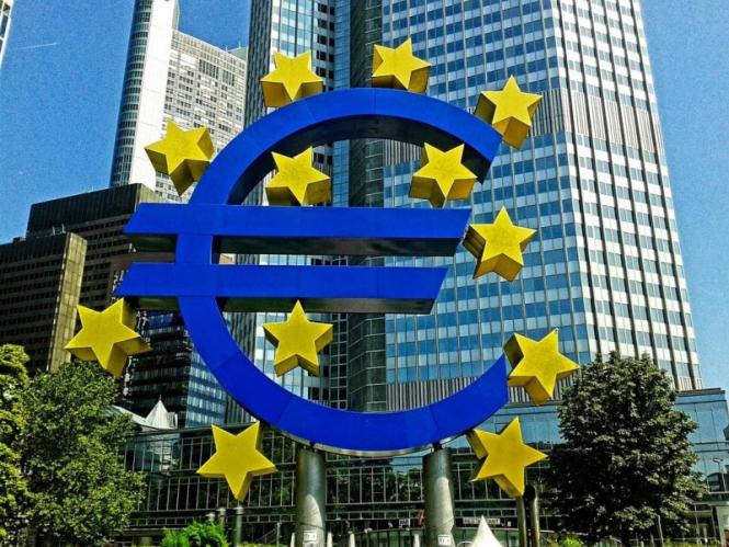 ЕЦБ не сможет пойти по пути ФРС – эксперты
