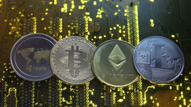Популярные цифровые валюты обрушились на 10%