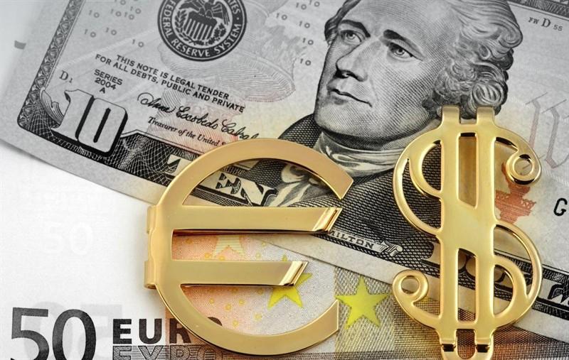 Доллар по-прежнему способен обновить максимумы против евро – Barclays