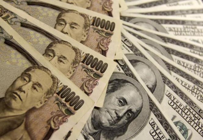 Трамп топит доллар, будущее валюты в руках неврастеника