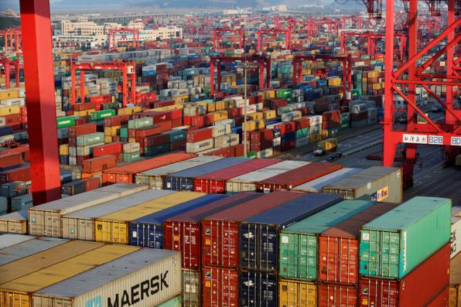 Объем внешней торговли Китая резко сократился в декабре