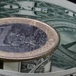 Евро господствует на долларом. Надолго ли?