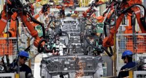 Слабый рост производственных заказов придавил доллар