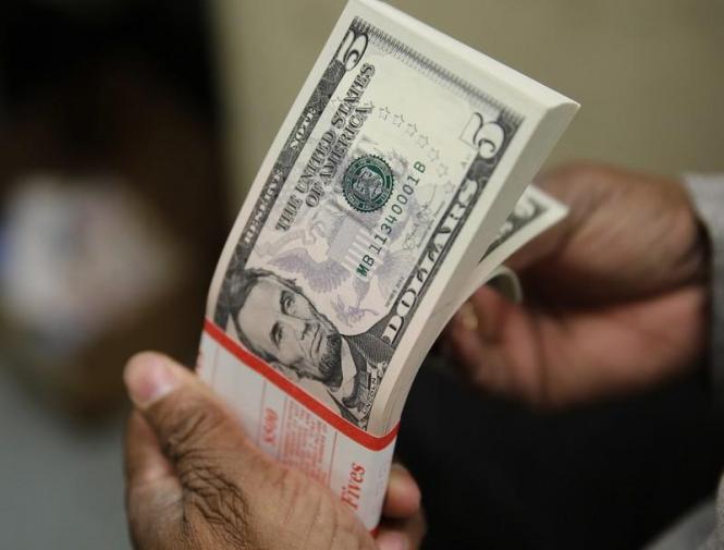 Доллар растет, поскольку экономические проблемы уже не кажутся проблемами