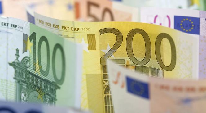 Евро, видимо, надолго застрянет вблизи $ 1,12, поддержки ждать неоткуда