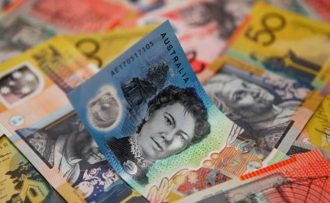 Австралиец пострадал от слабой инфляции, доллар готовится к восхождению