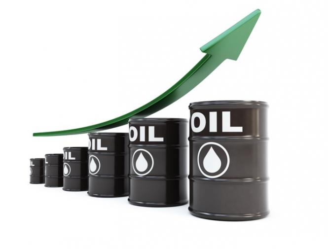 Нефть уверенно дорожает и приближается к $72 за баррель