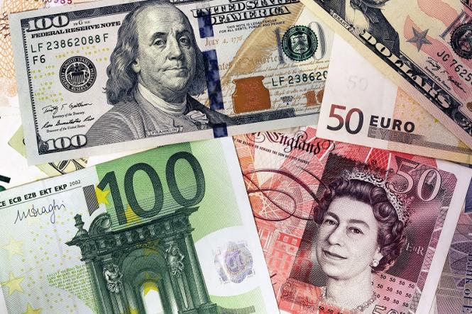 Евро воодушевился тем, что Трамп может пощадить Европу, а фунт по-прежнему остается заложником Brexit