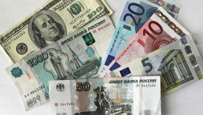 В июне Россия готовится закупиться иностранной валютой