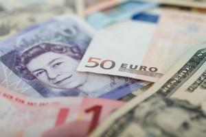 Важный день для доллара, призрачные надежды фунта и тревожные перспективы евро