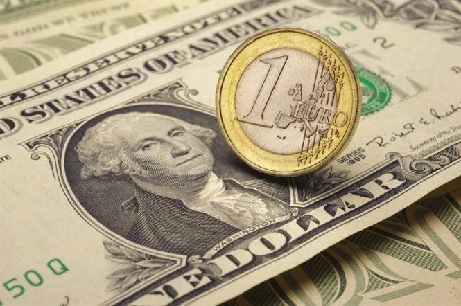 EUR/USD: продолжится ли черная полоса доллара и станет ли выступление Дж