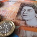 GBP/USD: фунт бросает вызов ожиданиям снижения ставки Банком Англии, но его положение остается шатким