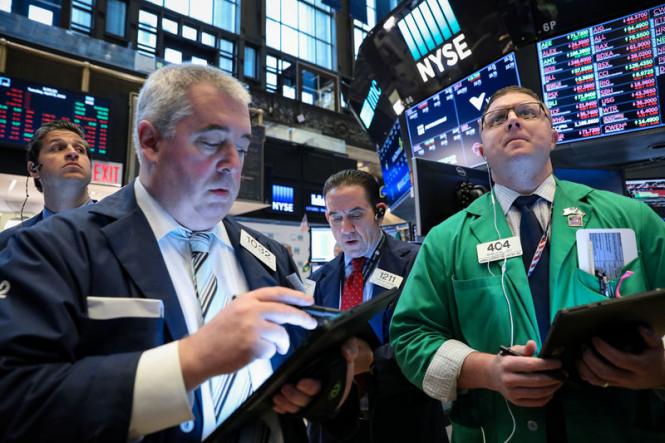 Европа и Азия в негативе: фондовые индексы устремились вниз