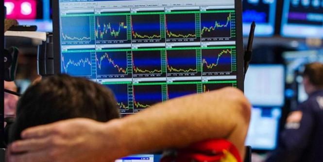 Фондовые индексы Европы и Азии изменяются под страхом новой волны пандемии COVID-19