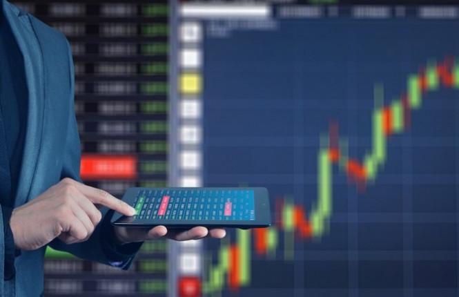 На фондовом рынке назревает кризис: Европа, Азия и Америка снижаются