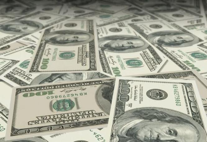 Ищет свет в конце туннеля: доллар оказался в замкнутом коридоре
