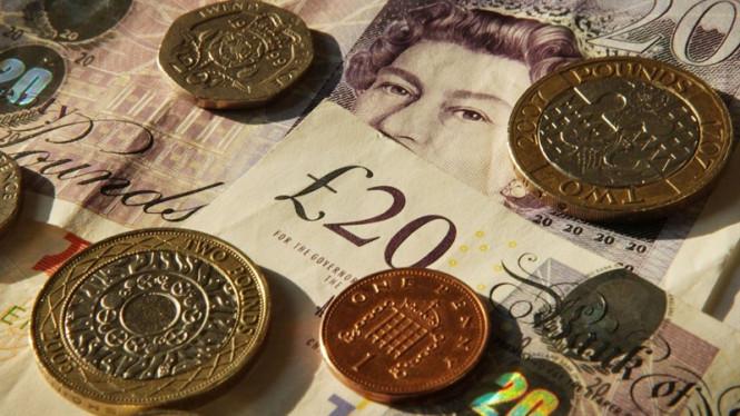 GBP/USD: над фунтом сгущаются тучи