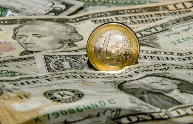 Евро станет убежищем, а доллар готовится к многолетнему падению