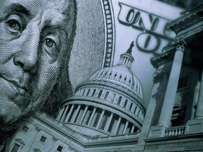 ФРС может поддержать доллар