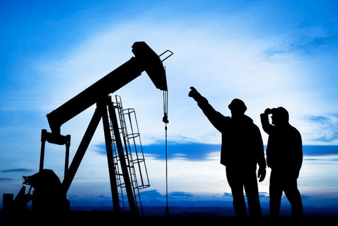 Нефть справилась со сложной ситуацией и перешла к росту