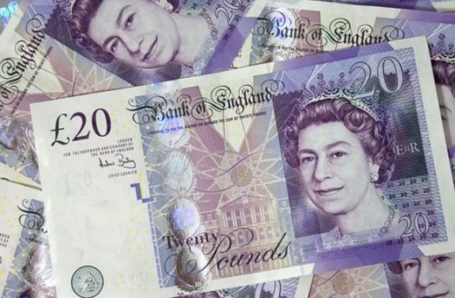 Фунт стерлингов растет, но кризис близко