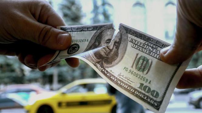 Доллар поверил в свое бессмертие, но просчитался