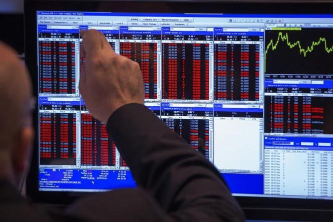 Фондовая Америка снова бьет рекорды, а Азия и Европа ушли в красную зону