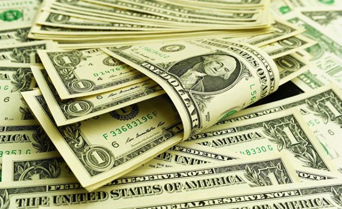 Американский доллар пока держится на плаву, но проблем у него очень много
