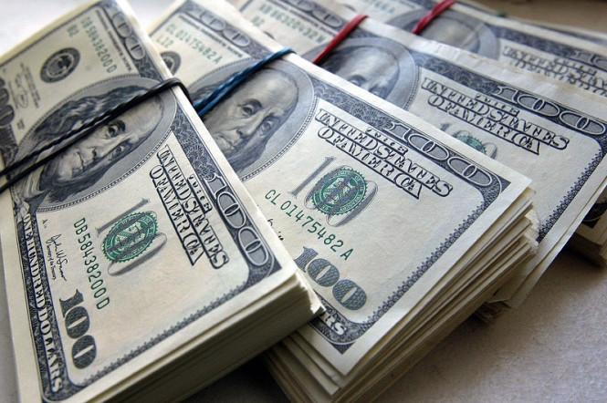 Американский доллар перешел в наступление