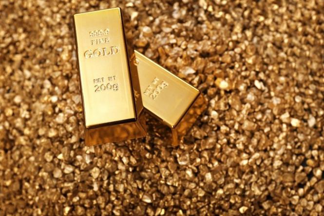 Золото пока удерживает позитивный тренд