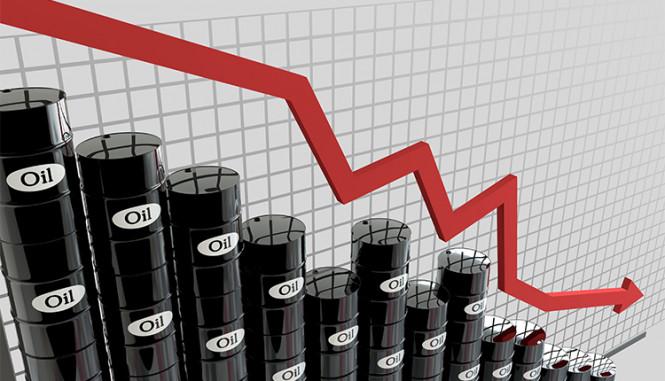 Цены на нефть уменьшились после гонок на рисках вокруг поставок