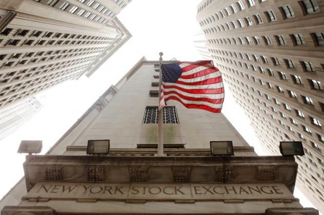 Фондовые индексы США уверенно взлетели вверх, а биржи АТР торгуют вразнобой
