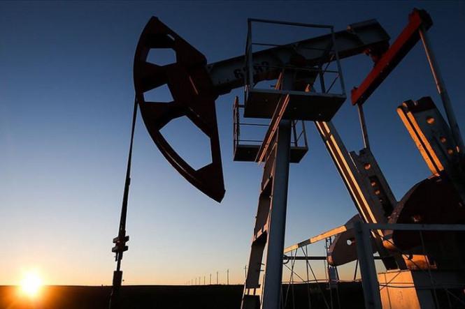 Нефть снова в минусе на фоне многочисленных проблем