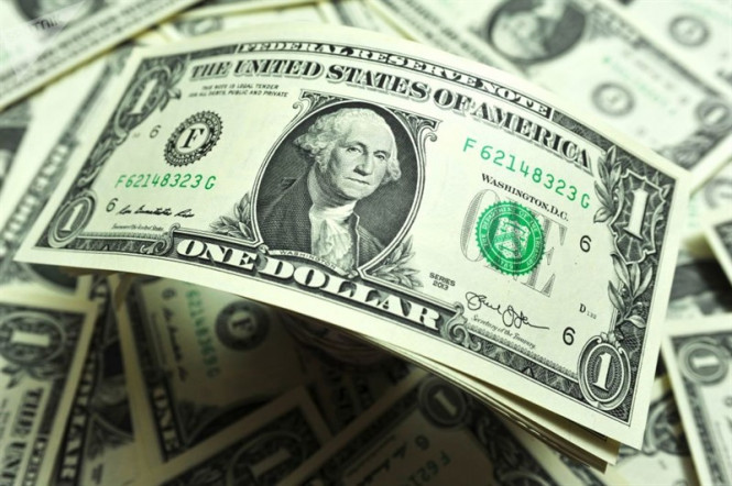 EUR/USD: доллар хватается за соломинку
