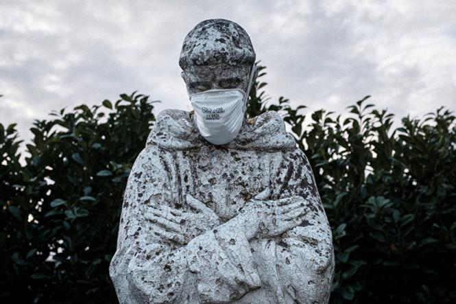 Вторая волна коронавируса и новая реальность: какие ограничительные меры действуют в странах Европы