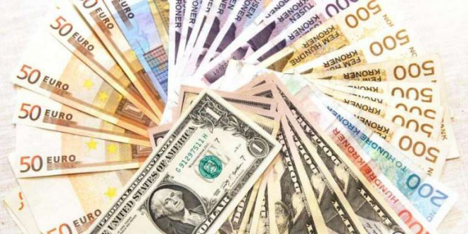 EUR/USD: евро – между Сциллой и Харибдой, доллар – в ожидании лучшего